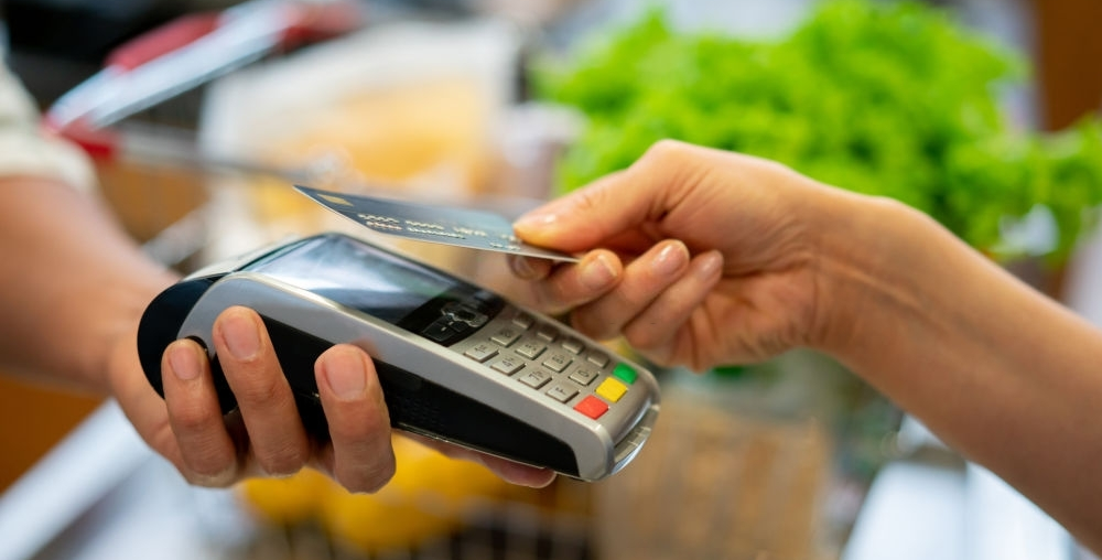 Selling with card credit machine